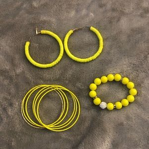 Neon yellow necklace, bracelet and earrings set.